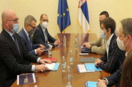 Brnabić i Turdenjev o rezultatima NIS-a, nastavlja se realizacija ključnih projekata
