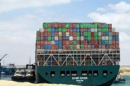 Šta sve stoji u Sueckom kanalu – od Ikea nameštaja do desetina hiljada grla stoke