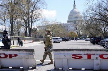 Uzbuna na Kapitol hilu, stradali napadač i policajac