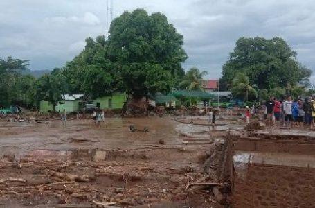 Poplave i klizišta u Indoneziji i Istočnom Timoru, poginulo više od 30 osoba