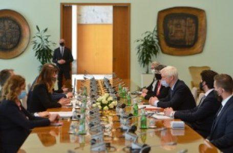 Matićeva i britanski ministar za izvoz: Sporazum o partnerstvu, trgovini i saradnji prioritet