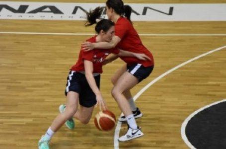 Mlade košarkašice na pripremama A tima Srbije