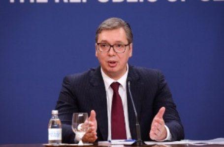 """Vučić: Znam za odluku """"Geoksa"""" o odlasku iz Srbije, nećemo ostaviti Vranje na cedilu"""