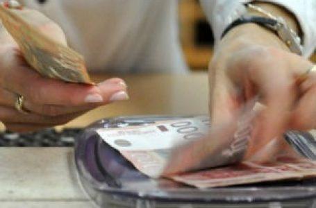 Leto, period kada nam pada koncentracija u trošenju novca – gotovina za one koji nemaju disciplinu
