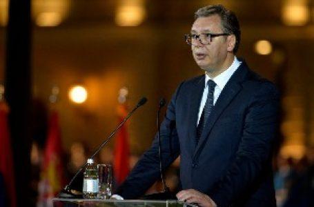 Vučić Đukanoviću i Milanoviću: Nećemo odgovarati šovinističkim ispadima i ne menjamo pobednički put