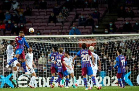 Barselona jedva iščupala bod protiv Granade, Kumanu se trese stolica