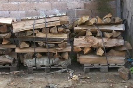 Prazna stovarišta drva, uglja i peleta – svaka nova isporuka diže cenu