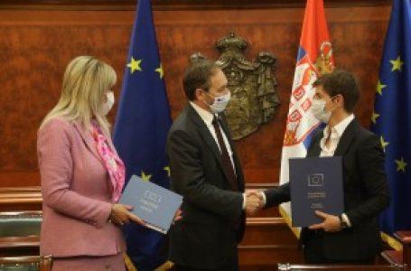 Žofre uručio premijerki izveštaj Evropske komisije o napretku Srbije